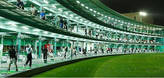 試打ができるゴルフ練習場 吹田ゴルフ